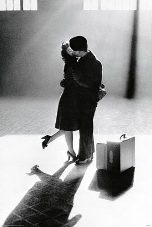 black and white photography kissing. Black and White Photography
