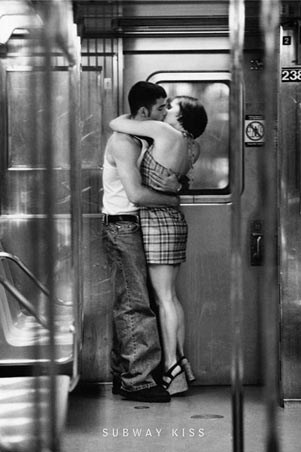 black and white kissing photos